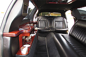Stretch Lincoln Town Car Limo interior